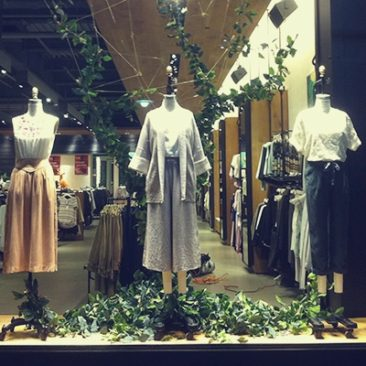 Aritzia Visual Display